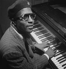 220px-Thelonious_Monk,_Minton's_Playhouse,_New_York,_N.Y.,_ca._Sept._1947_(William_P._Gottlieb_06191)
