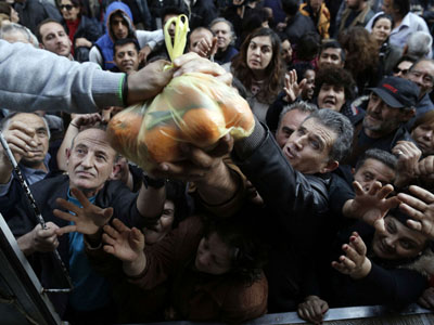 crisis-and-hunger-in-greece-20131